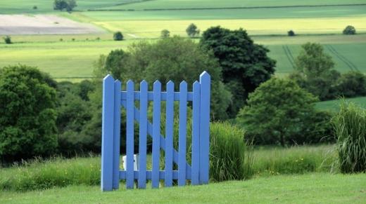 blue-gate-1725791_1920