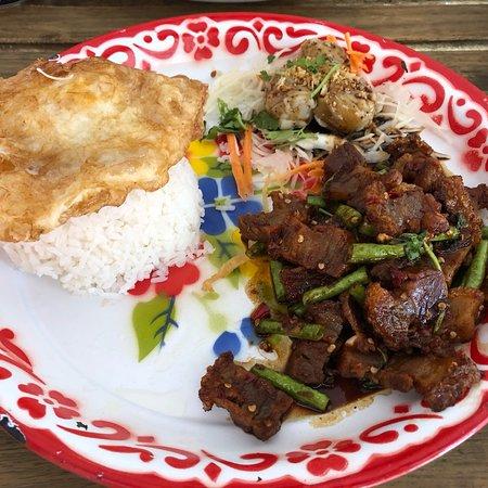 Mommy Thai Restaurant in Leeds