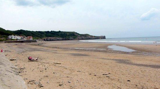 sandsend beach in yorkshire